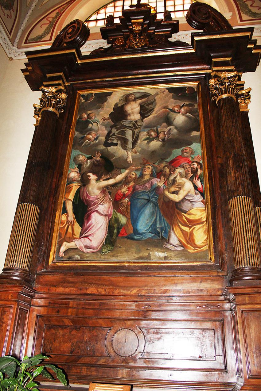 Casalpusterlengo - Santuario dei Capuccini - Ascensione del Malosso (Giovan Battista Trotti), incorniciata in una pregevole pala d'altare lignea del 1724 in stile barocco
