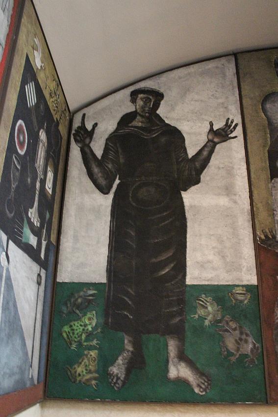 Chiesa Santa Barbara, particolare della Predica di Sant'Antonio alle rane, opera di Gentilini