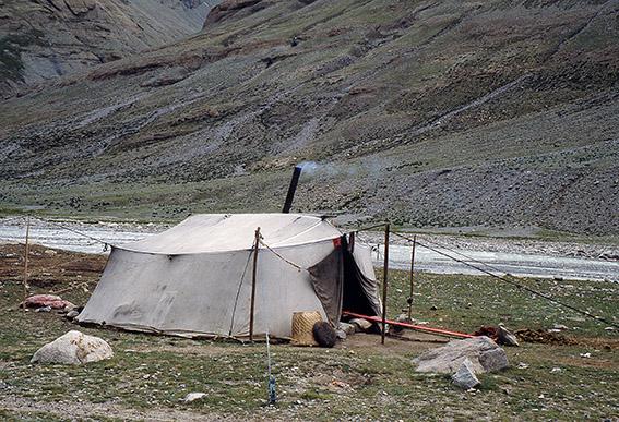 Una tenda di nomadi tibetani