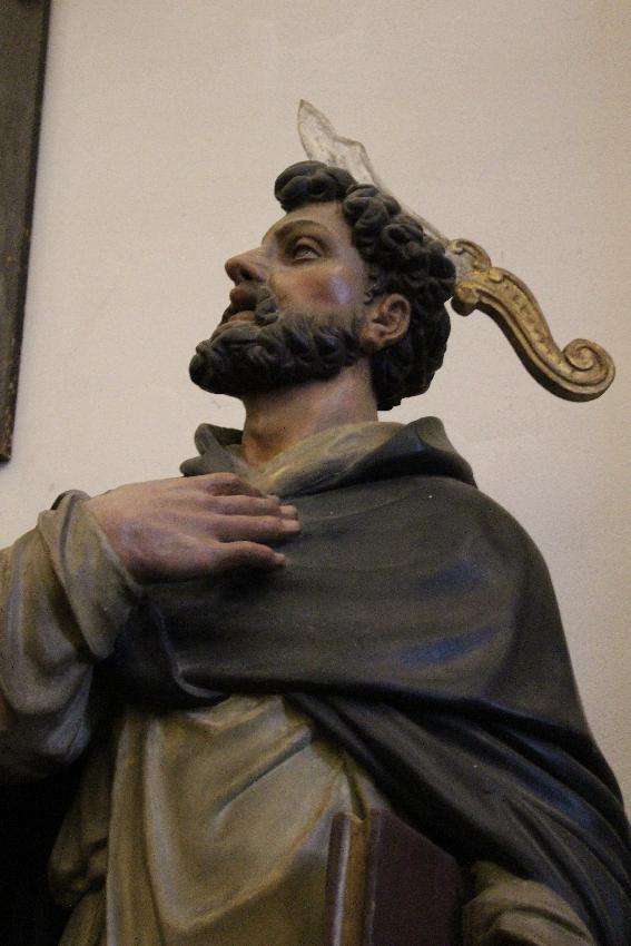Sant'Eustorgio - Statua di San Pietro