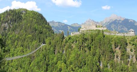 Ponte pedonale in Tirolo
