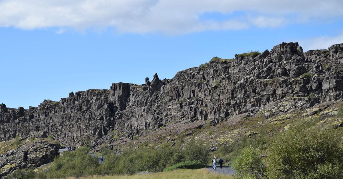 Una faglia sta dividendo l'Islanda