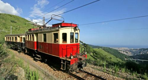 Il trenino Genova-Casella: un viaggio indietro nel tempo